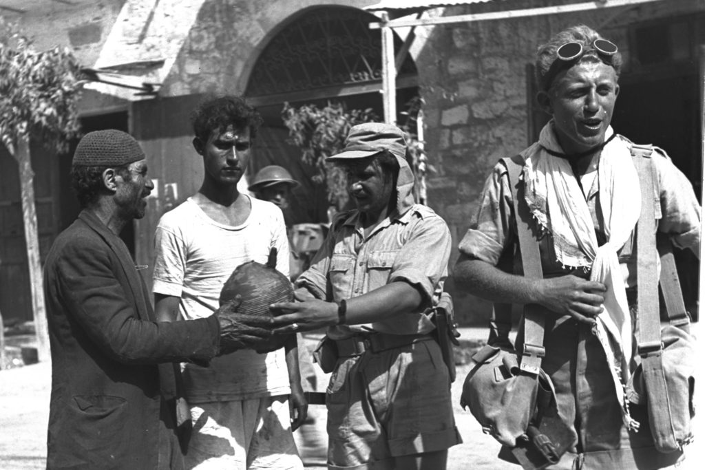 כיבוש באר שבע, אוקטובר 1948. צילום: Hugo Mendelson