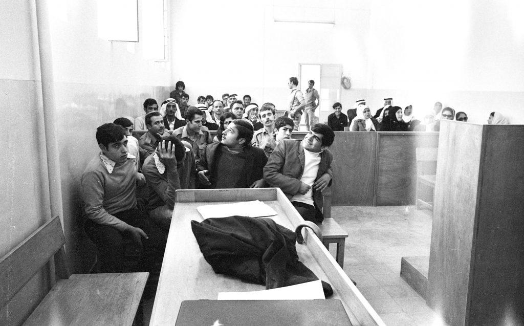 בית משפט צבאי בשכם, 1988 (באדיבות ארכיון דן הדני / הספרייה הלאומית)